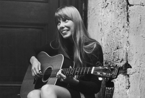 Joni Mitchell, Bette Midler, & Berry Gordy To Receive Kennedy Center Honors