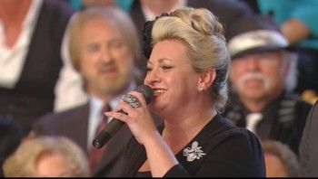 Gaither Vocal Band and TaRanda Greene - Jesus Hold My Hand