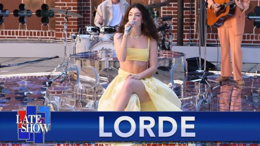 """Lorde Shines Brightly with Live Debut of """"Solar Power"""" on Colbert: Watch"""