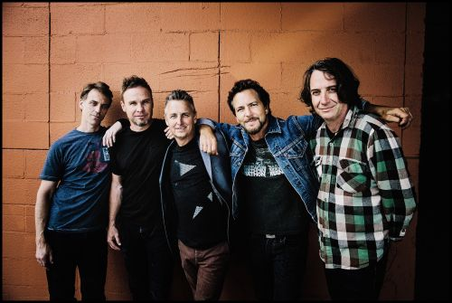 "Pearl Jam Cover Band Pearl Jamm Changes Name To Legal Jam After ""Aggressive"" Cease-And-Desist"