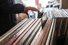Record Store Day Black Friday 2019 Helps Drive Third-Biggest Sales Week for Vinyl In Nielsen Era