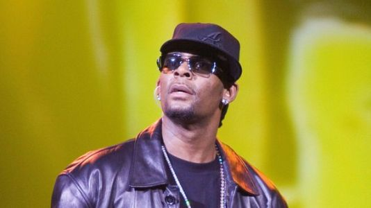 R. Kelly Charged With 10 Counts Of Aggravated Criminal Sexual Abuse In Illinois