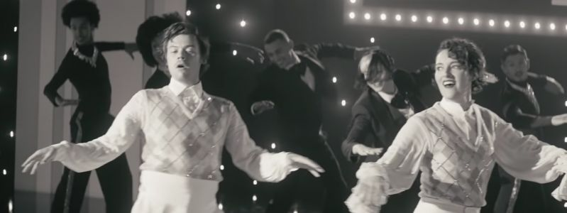 """Watch Phoebe Waller-Bridge Dance With Harry Styles In """"Treat People With Kindness"""" Video"""