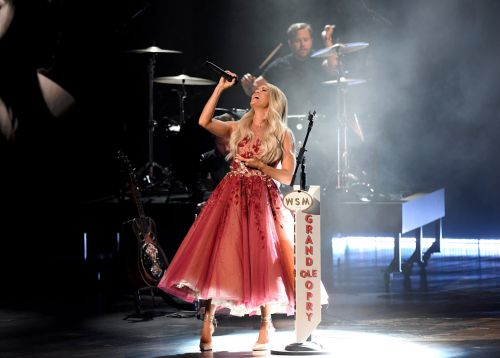 Carrie Underwood Honors Dolly Parton, Reba, and More in ACM Awards Performance
