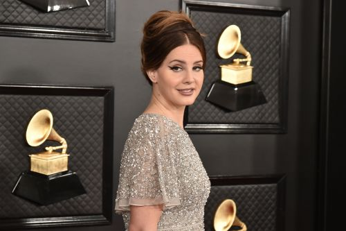 """Lana Del Rey Defends """"Controversial Post,"""" References New Wave Of Feminism"""