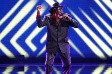 Robert Finley Performs Soulful Original 'Starting to See' on 'AGT': Watch