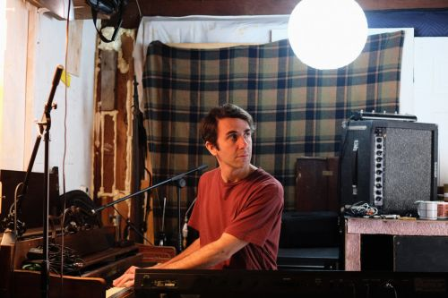 Chris Cohen Offers Up Relaxed Rock Music with Psychedelic Flourishes