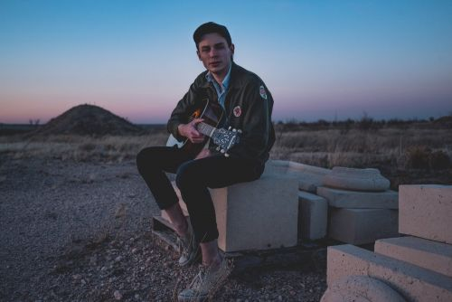 Hayden Pedigo Delves Deeper Into the Elemental on 'Valley of the Sun'