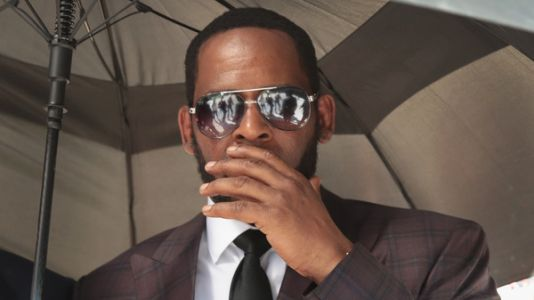 R. Kelly Pleads Not Guilty To Federal Child Pornography Charges